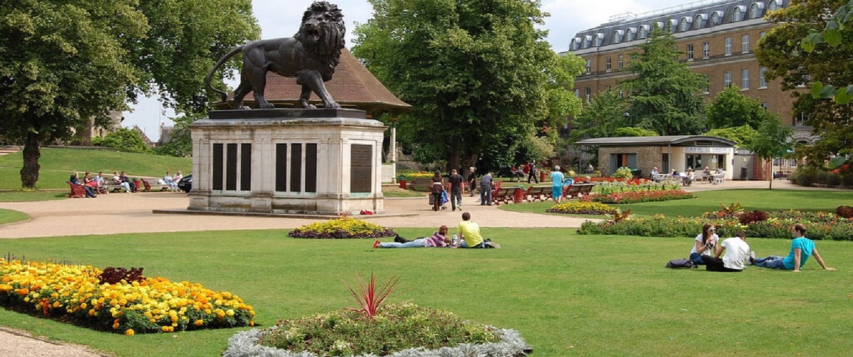 Gallery-Forbury-Gardens